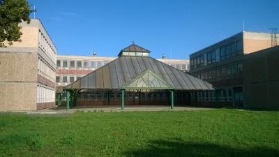 ujbuda iskola szakiskola epulet